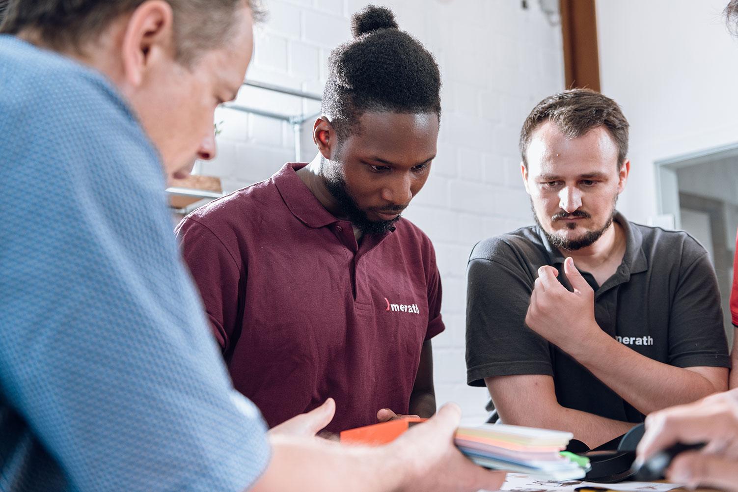 Team-Meeting von Konstrukteuren