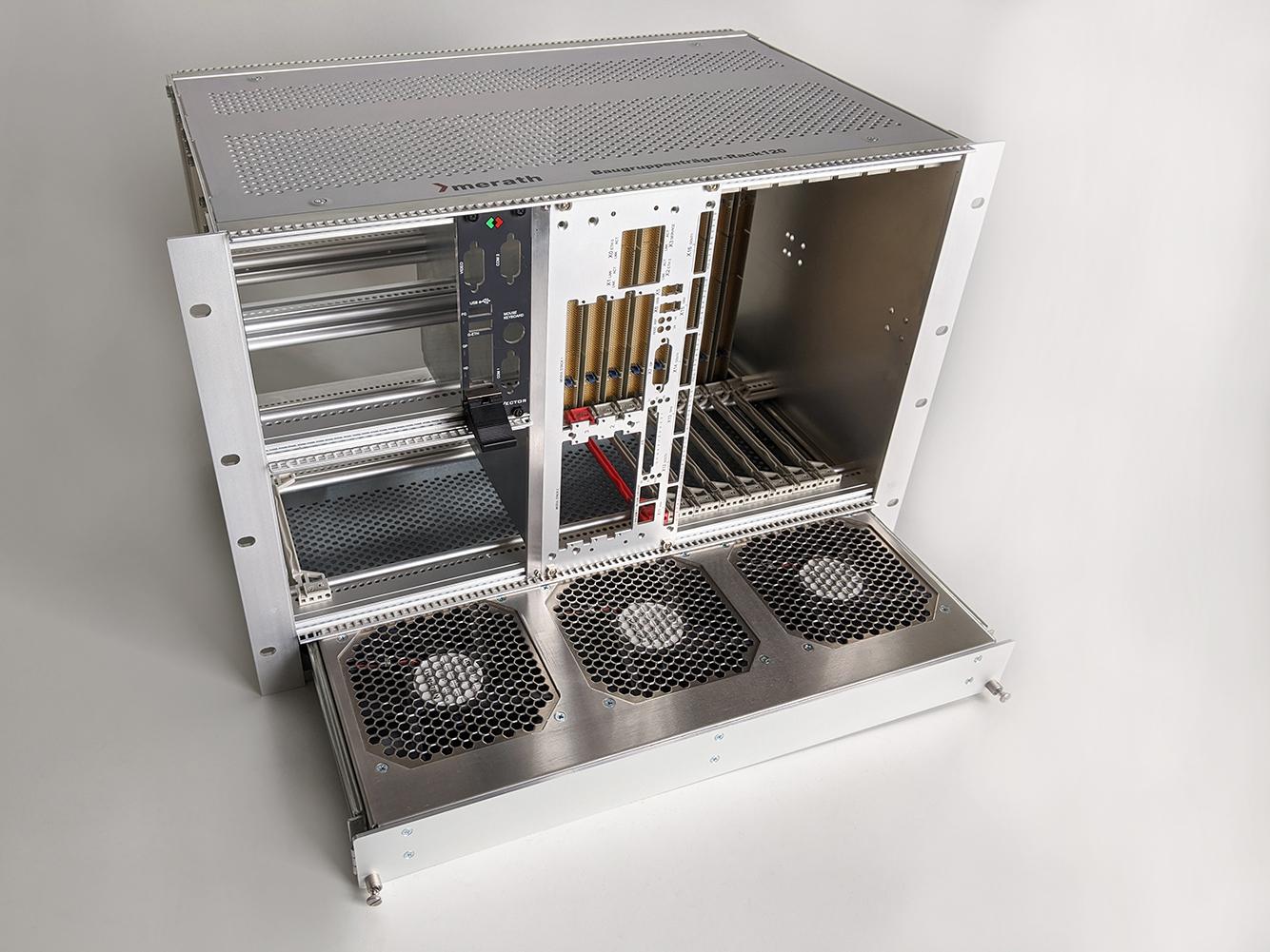 Lüftereinschub mit drei Lüftern zur Elektronikkühlung