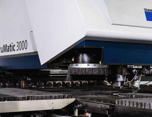 Blech lasern oder stanzen? Teil 2: Die Vorteile des Lasers